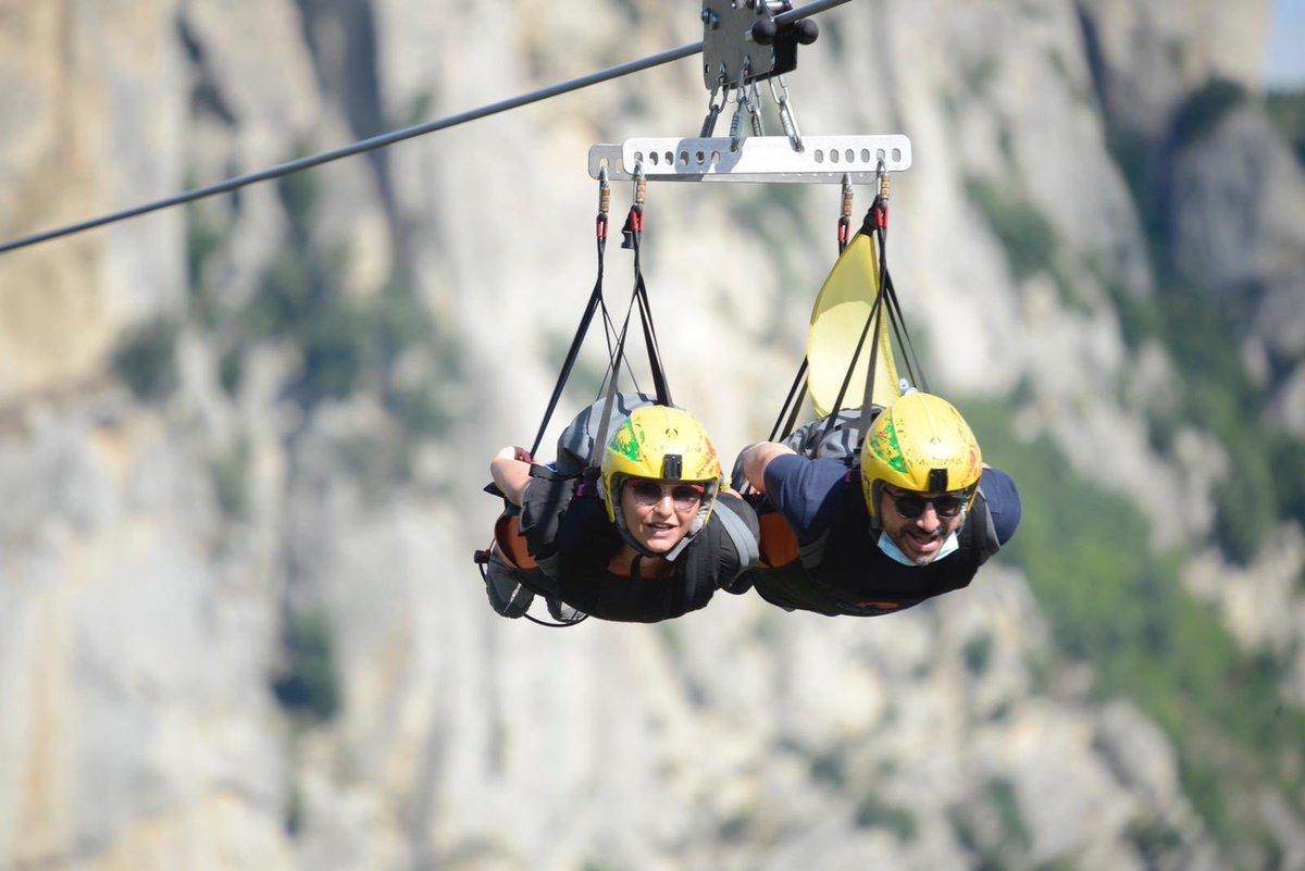 Il team @lonelyplanet_it vola sulle Dolomiti Lucan...