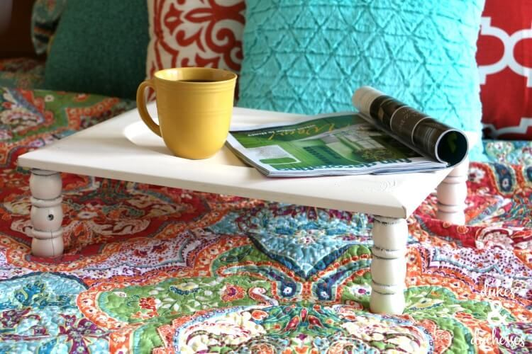 Turn an old cabinet door into a #repurposed #DIY bed tray! https://t.co/PZ0Jjbv8ht https://t.co/KxxE5ILBci