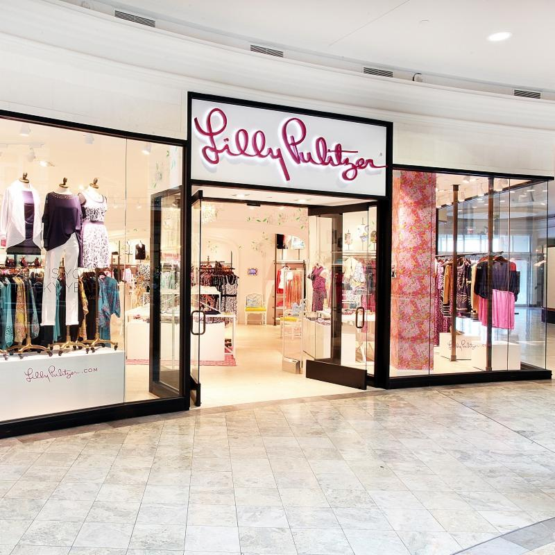 Summertime = Lilly Pulitzer. NOW OPEN at Phipps Plaza. 🌴☀️ https://t.co/21ho6dnQLv