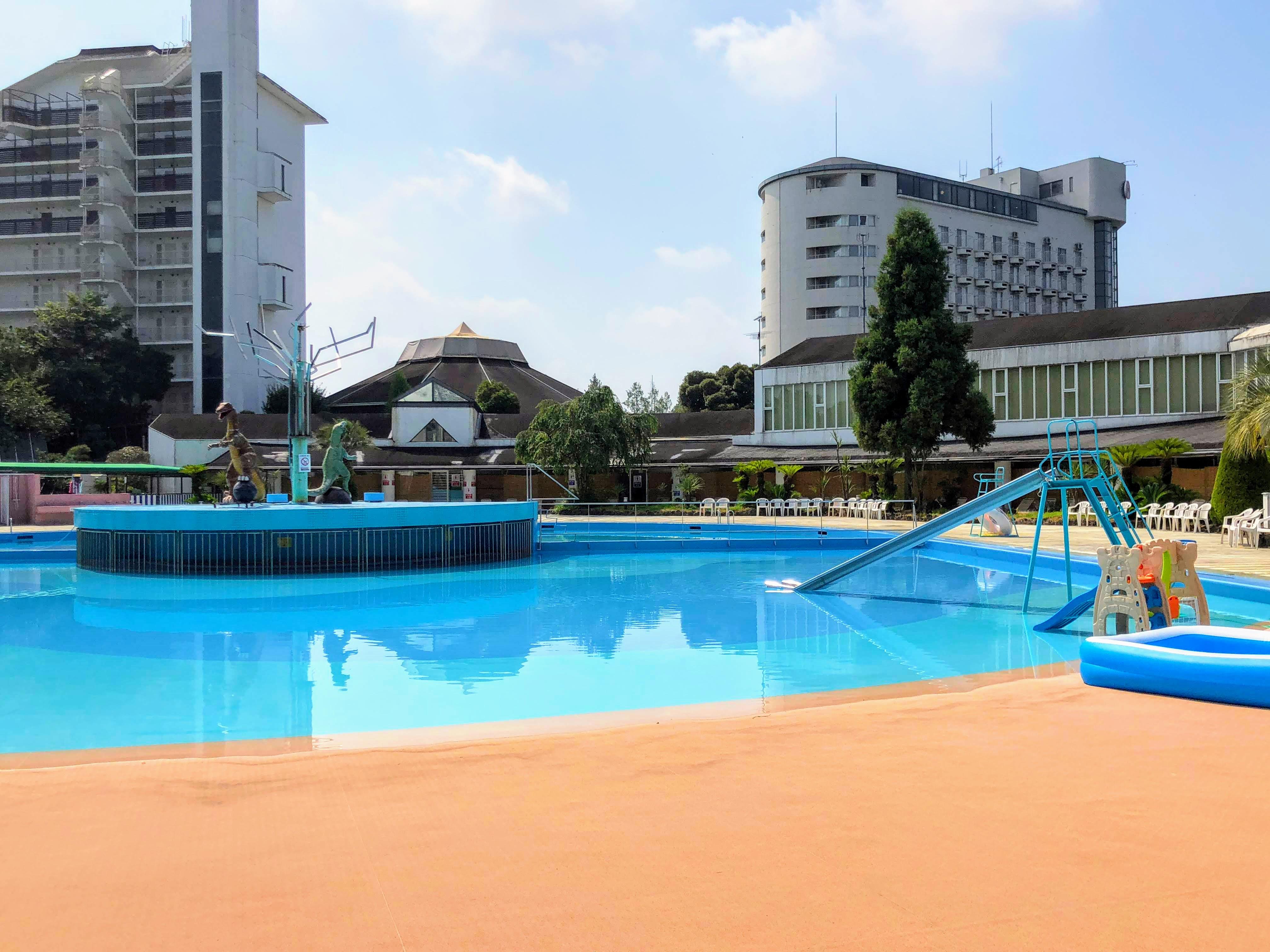hotel-heritage-pool