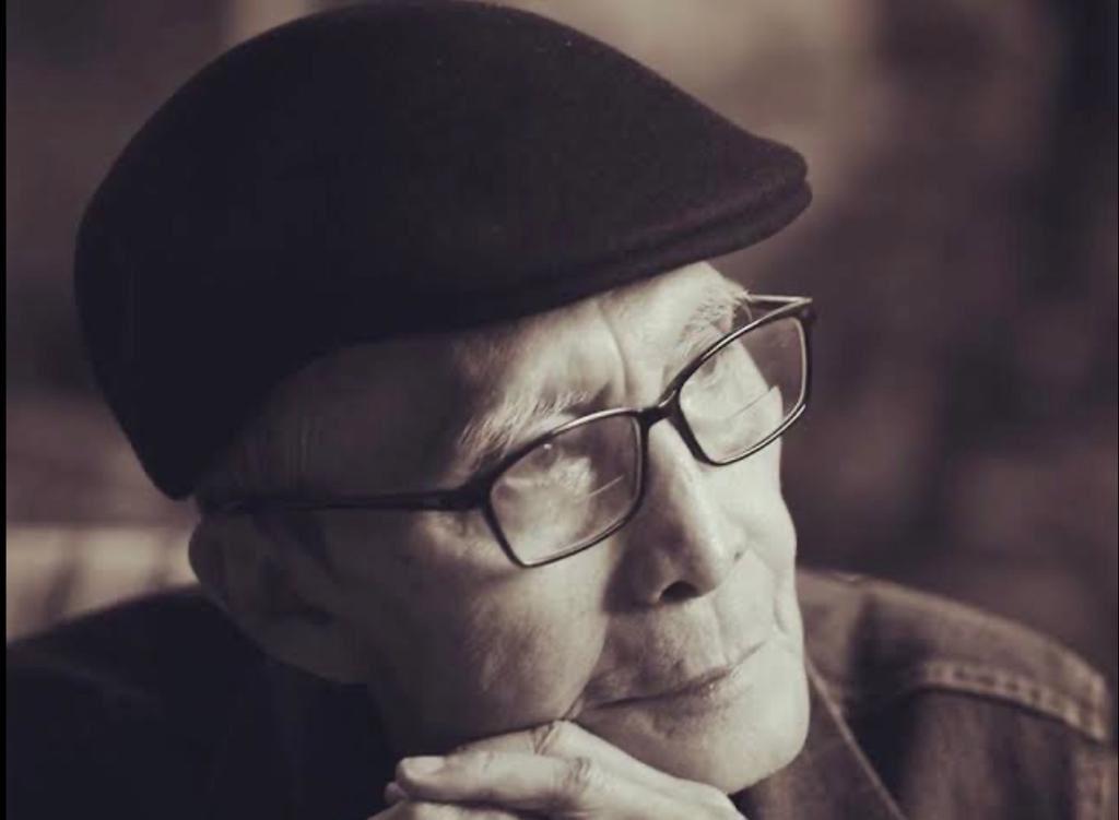 Innalilahi wa inailahi roji'un: Penyair Sapardi Djoko Damono wafat pagi ini setelah beberapa bulan sakit.  Maret 1940-Juli 2020 https://t.co/1EtzToVpME