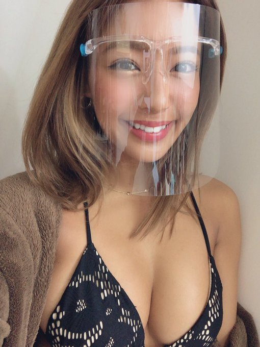 グラビアアイドル橋本梨菜のTwitter自撮りエロ画像38