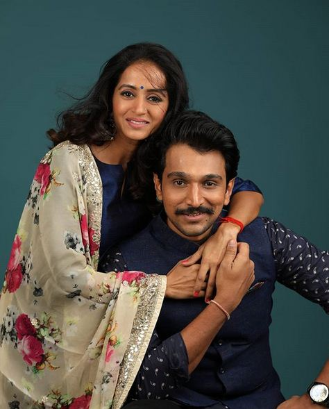 Top Gujarati film and theater actor Pratik Gandhi, wife, brother down with Covid-19