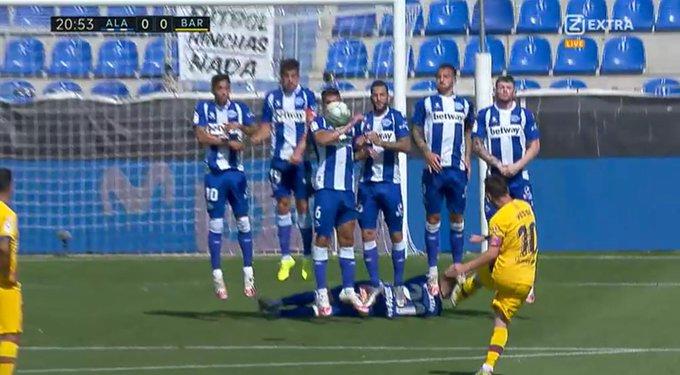 Primera División 19/20 - Page 32 EdTIJD4UEAAjJsP?format=jpg&name=small