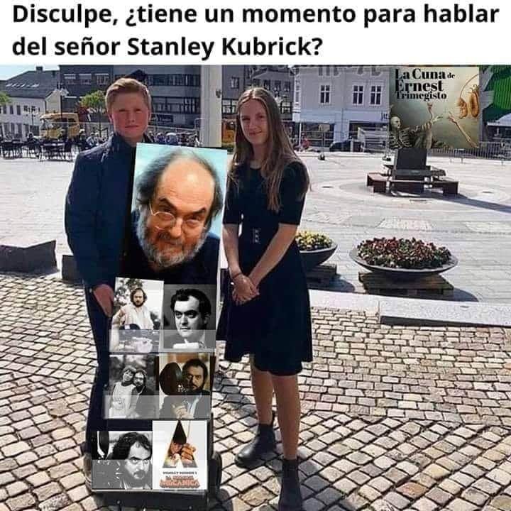 """Visita """"El Sótano Geek"""" en youtube y si te gusta te suscribes#Cine #RetroGaming #CulturaPop #TV #Estrenos #CineDeCulto #Review #En1Minuto #Noticias #Clasicos #SerieB #Top #StanleyKubrickpic.twitter.com/4tA2ox6Tsp"""