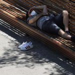 Image for the Tweet beginning: Media #España en alerta por