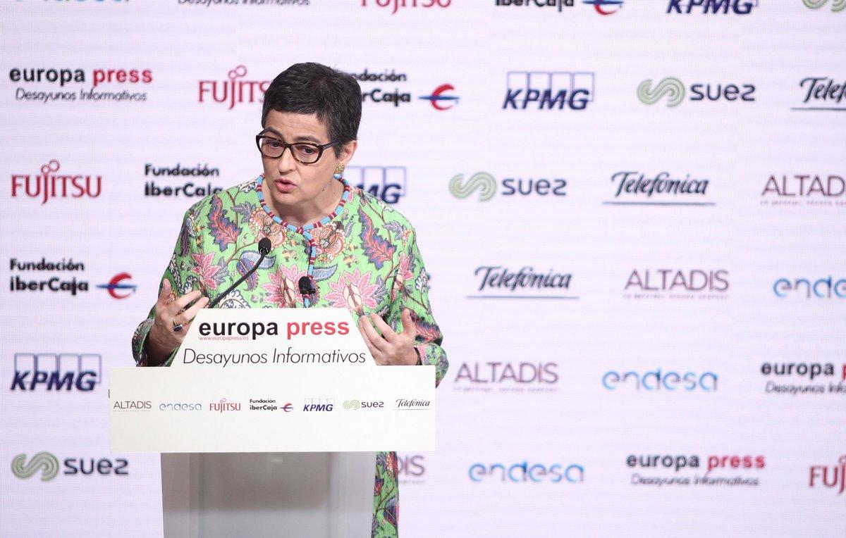 """La Ministra de Asuntos Exteriores, Unión Europea y Cooperación @AranchaGlezLaya ha sido una de las últimas invitadas a los """"Desayunos informativos"""" de @europapress, un espacio en el que colaboramos junto a otras entidades. ▶️ Accede al vídeo completo aquí"""