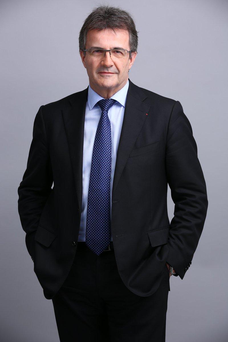 #Nomination : @PhilippeBrassac, DG @CreditAgricole, succèdera à @FredericOudea en devenant, à compter du 1er septembre 2020, président de la Fédération bancaire française https://t.co/d6SZmY3PlO https://t.co/HwqOpQnHq5