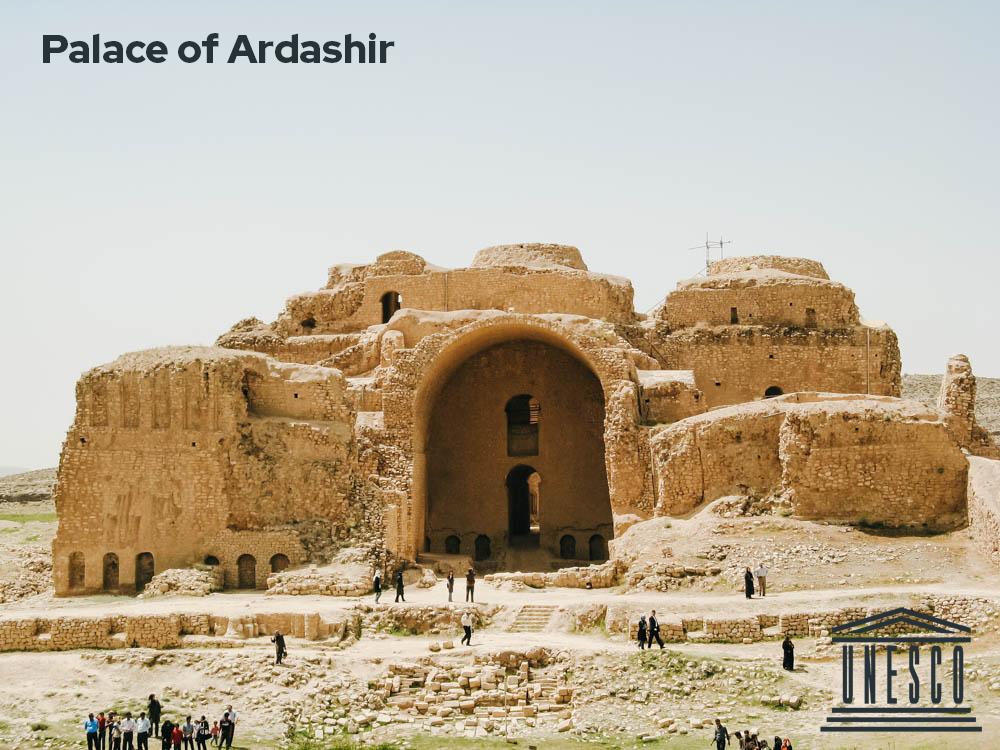 Palace of Ardashir  #UNESCOworldheritage #travel #irantour #Fars #shiraz #backpack #iran #sassanid #tourism #voyage #architecture #historical #asia #MiddleEast #photography  #IranAmaze #adventure #bestplacetogo #traveler #trippic.twitter.com/8KV8S7oPk2
