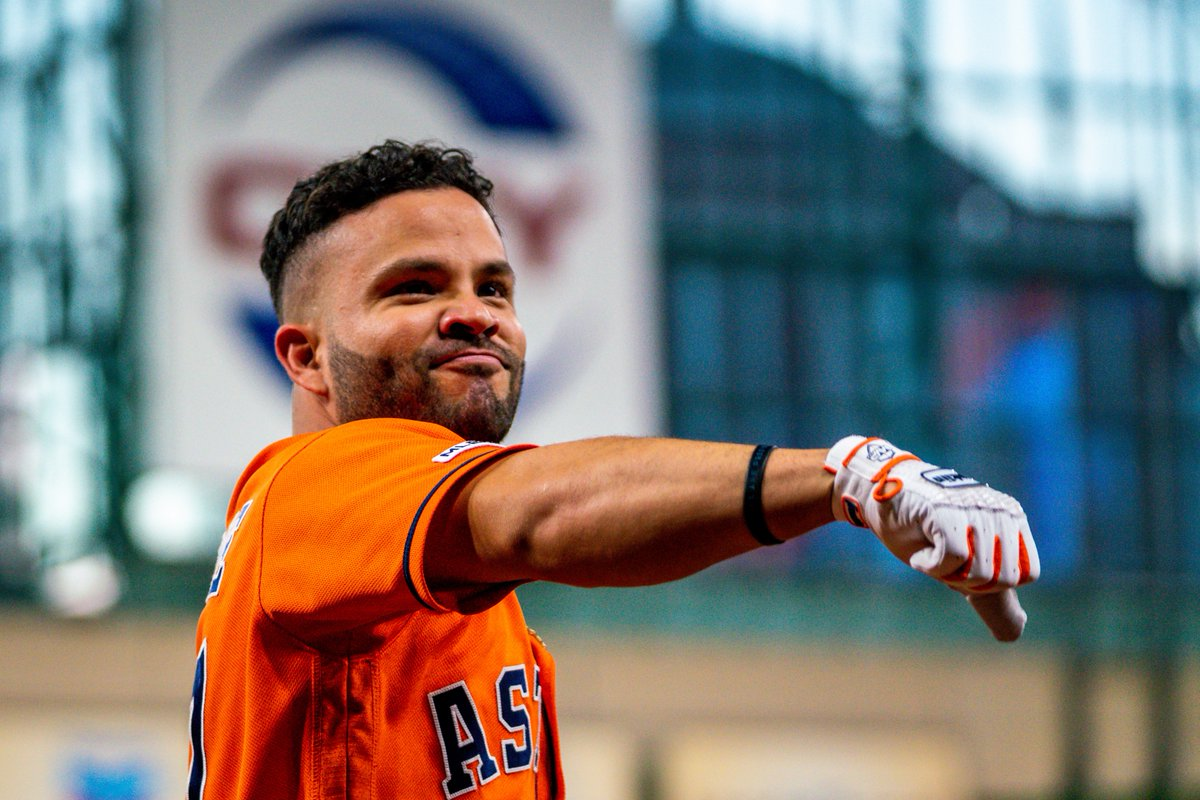 Lets start this day off the right way! RETWEET to win a @JoseAltuve27 autographed orange jersey! #OpeningDay #ForTheH
