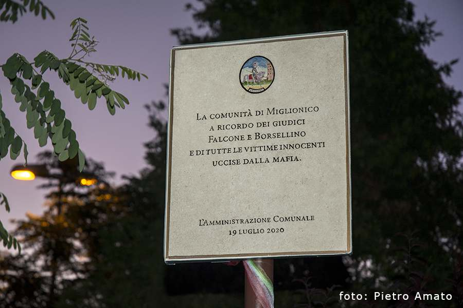 Intitolazione villa comunale ai giudici Falcone e ...