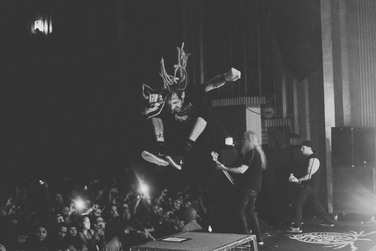 Randy Blythe took over the #Headbangers playlist, only on @AppleMusic. Check out the playlist https://t.co/n53jb5iNp5 & click here for up to 4 months free: https://t.co/a6f1Vt9rzN  *Offer valid for new users in the US, Canada and UK only. https://t.co/DhwFAcgxx4