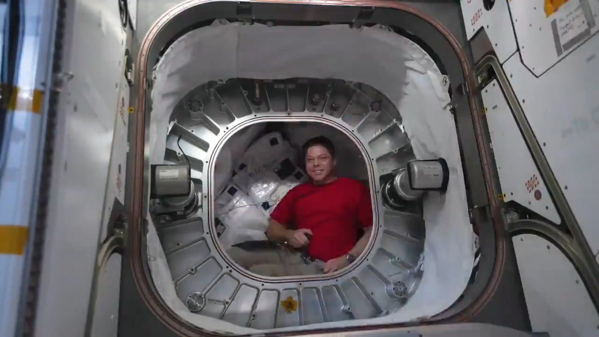 Technology development is one of @Space_Station's many missions. I recently had the rare opportunity to open the expandable module know as BEAM to perform some activities inside. We both launched on @SpaceX rockets to get here!