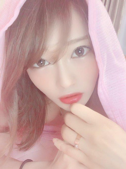 AV女優七海ひなのTwitter自撮りエロ画像10