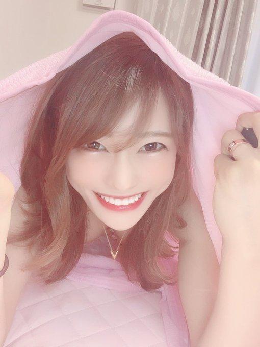 AV女優七海ひなのTwitter自撮りエロ画像9