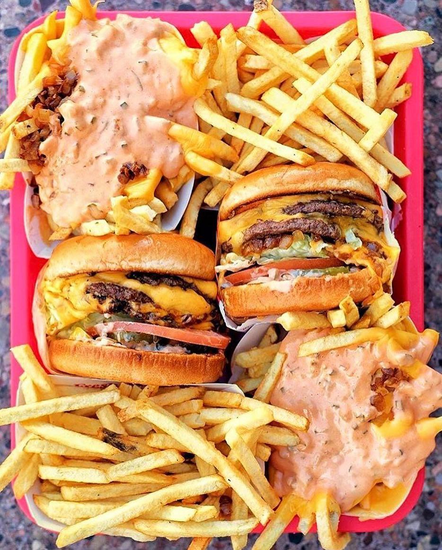 @losangeles_eats #thedailybite #aycegogi #foodporn #HungryinLA #EEEEEATS #foodintheair #hungrybetches #foodporndaily1 #foodiefavorites #feedyoursoull #grubshotsnyc #lovefood #missnewfoodie #feedthebetches #eatfamous #tryitordiet #infatuation #foodbeast #spoonfeed #dcfoodpornpic.twitter.com/1Q1zyPdzPG