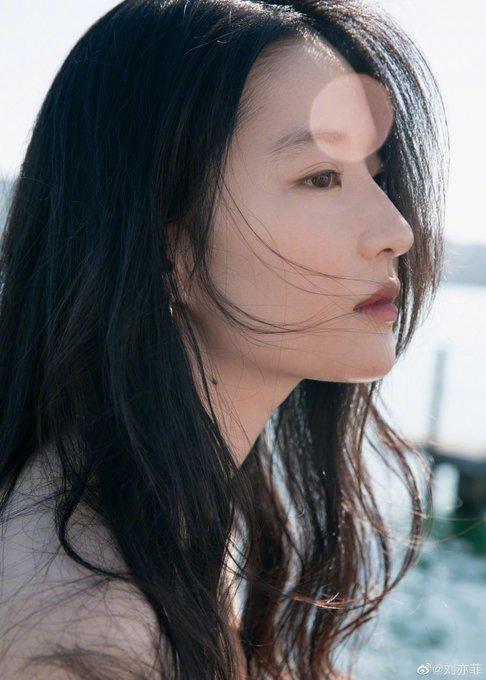 Yifei's Sina พ.ค.- ส.ค. 2563 Edbo8upU0AAosVe?format=jpg&name=small