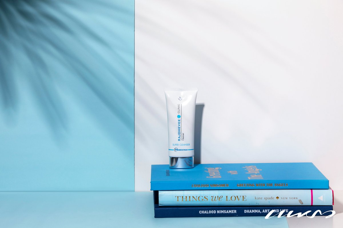 คลีนลึกสุดใจสะอาดใสในหลอดเดียว กำจัดเมคอัพ บ๊ายบายในพริบตา มีตัวนี้ได้เข้านอนไวขึ้นแน่นอน!!   เกิดเป็นหญิงแท้จริงนั้นแสนเหนื่อย  รางวัลที่ได้รับ Praew - Iconic Beauty 2019 Lisa - Beauty Choice Awards 2018 Cleo - Beauty Hall of Fame 2013  🛍 เพิ่มเติมคลิก https://t.co/FAFYU3xHQG https://t.co/aAEVfIyuPe