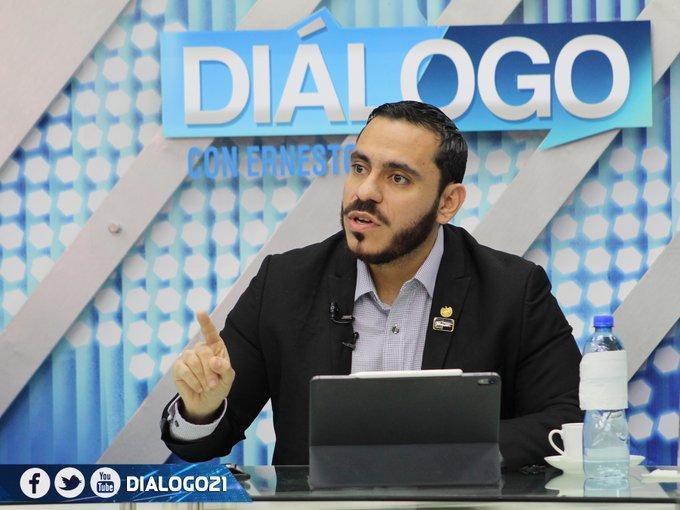 Ministro de Salud niega que gobierno oculte datos de coronavirus