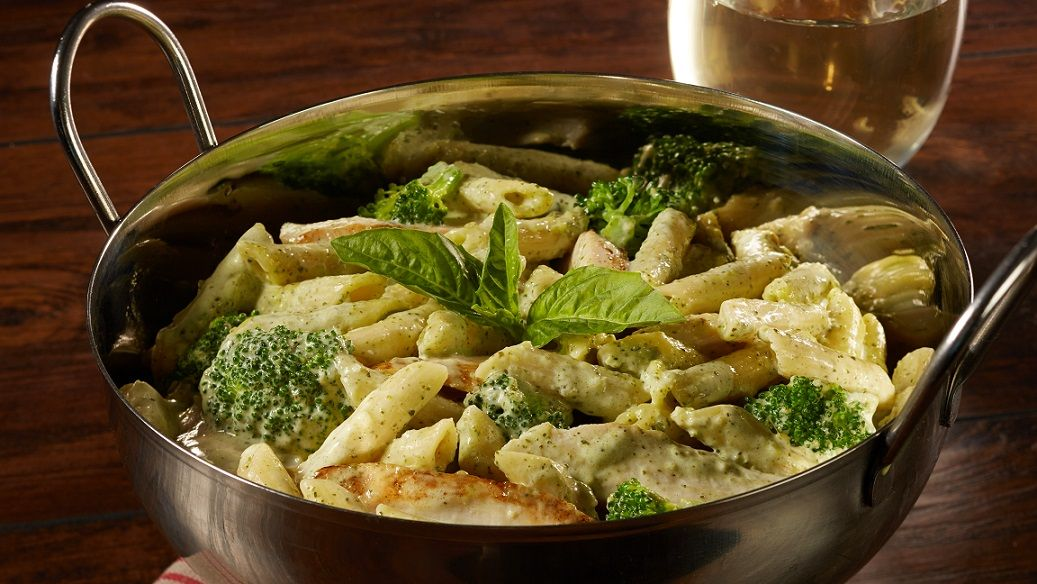 Im-pasta-ble not to love our penne, chicken & broccoli dish, it's simply delicious 😋 https://t.co/JaXDfPBfm6