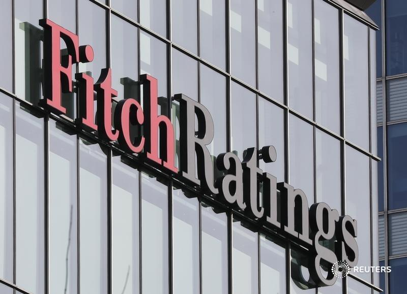 Fitch Ratings may soon label more countries as junk than investment grade, as Covid-19 adds to poorer countries' problems. Yet investors are returning to emerging markets, writes @swahapattanaik. https://t.co/OU3LdlqPCc https://t.co/a0mM7lYU78