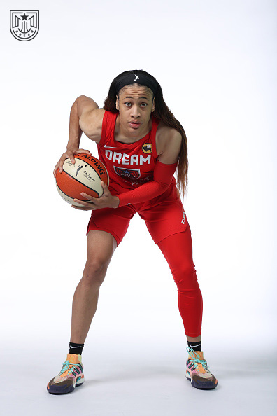 Guard @ChennedyCarter No 3️⃣  Just 3️⃣ days to go until our season opener! https://t.co/D8CuBwGHX9