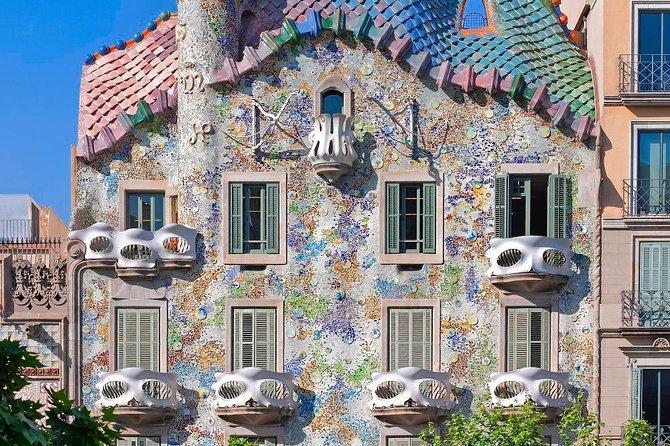 Un derroche de arte en su máximo esplendor es lo que destila la Casa Batlló, un exótico paraje que encierra en sus adentros una escena utópica recreada por Antoni Gaudí → https://t.co/buOUPkx36E https://t.co/espHP4w1eN