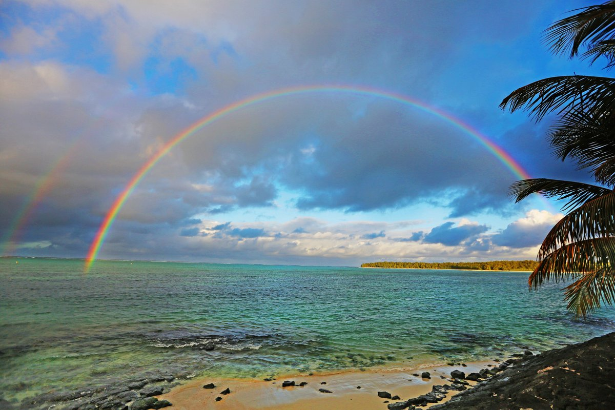 Life is full of wonder and beauty. We hope you find time to marvel at nature's wonders and appreciate rare double rainbows.  #MyShangriLa https://t.co/814wWgvl4f