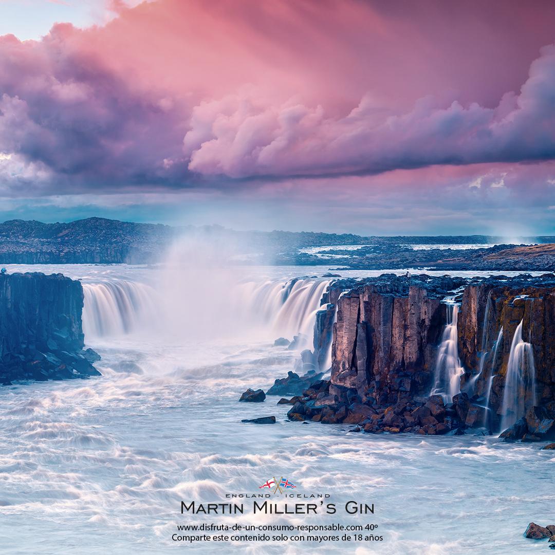 Hay lugares que son indescriptibles, de naturaleza imponente. ¿Viajamos? https://t.co/WJMCmK3n78