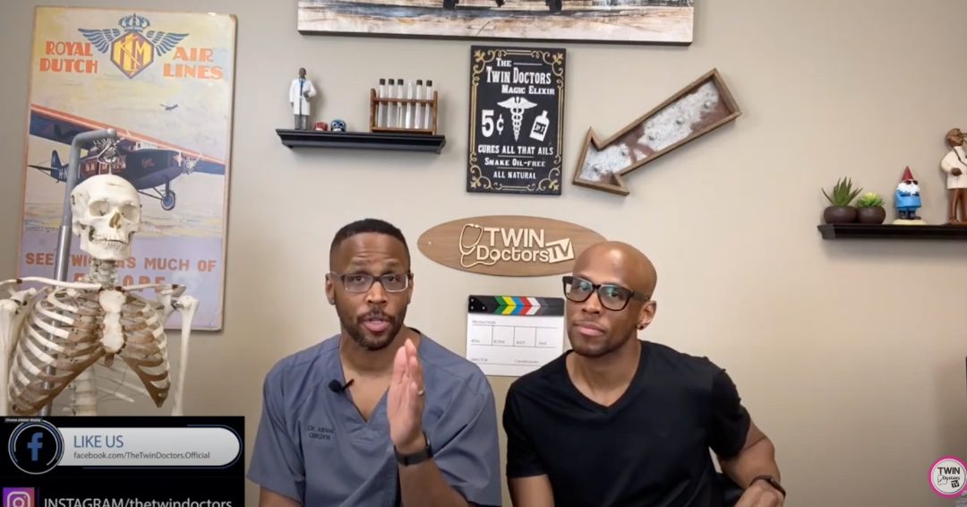 Can you tell the difference between #FalseLabor (#BraxtonHicks contractions) and real contractions? https://t.co/rDm3c6wHKD  #TheTwinDoctors #TheTwinDocs #TwinDoctorsTV #EverythingPregnancy #Pregnancy #EverythingYouEverWantedToKnowAboutPregnancy #Expecting #WhatToExpect #Labor https://t.co/7x0exrqH5J