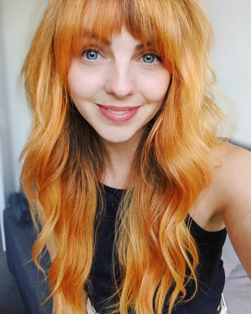 I got my hair sorted and I'm unapologetically vain about it🧡🍊