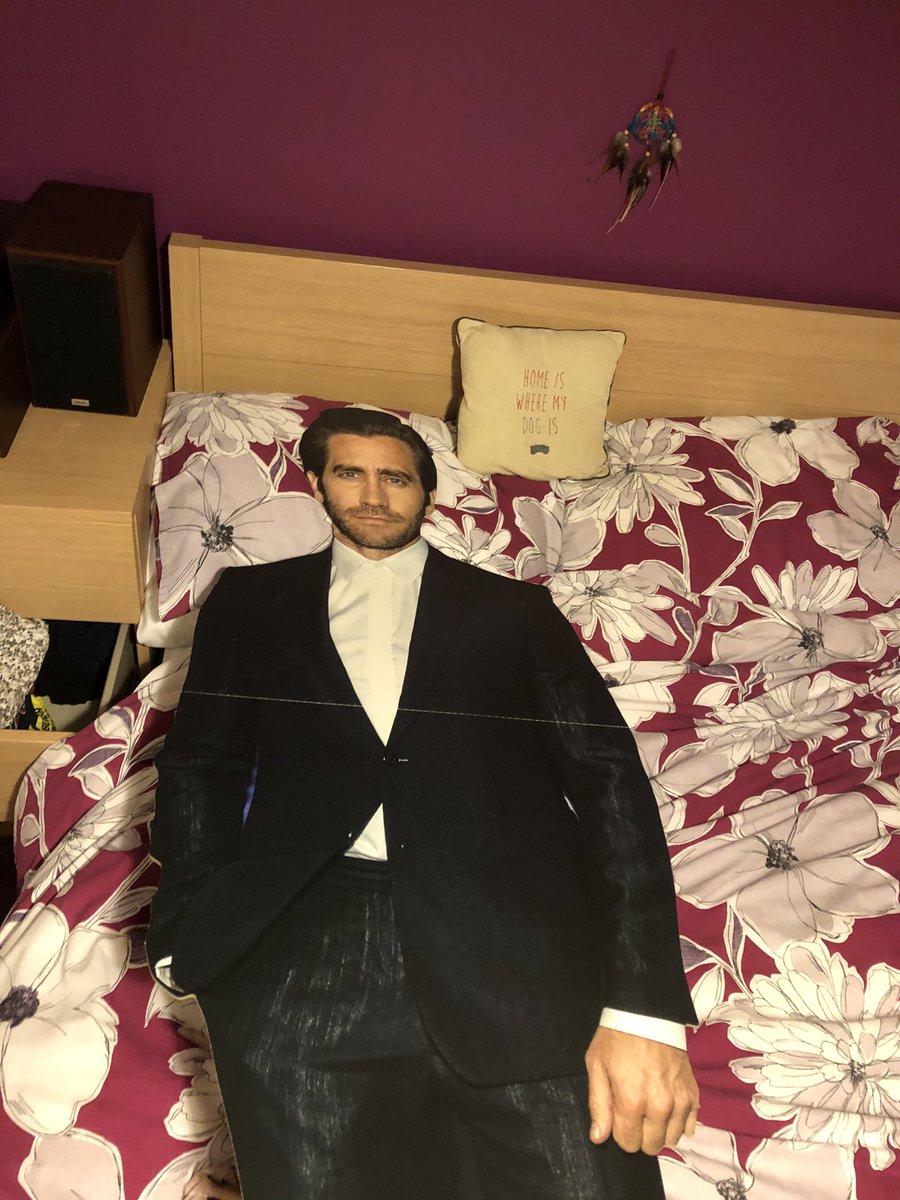 Jake Gyllenhaal Cardboard Cutout 100