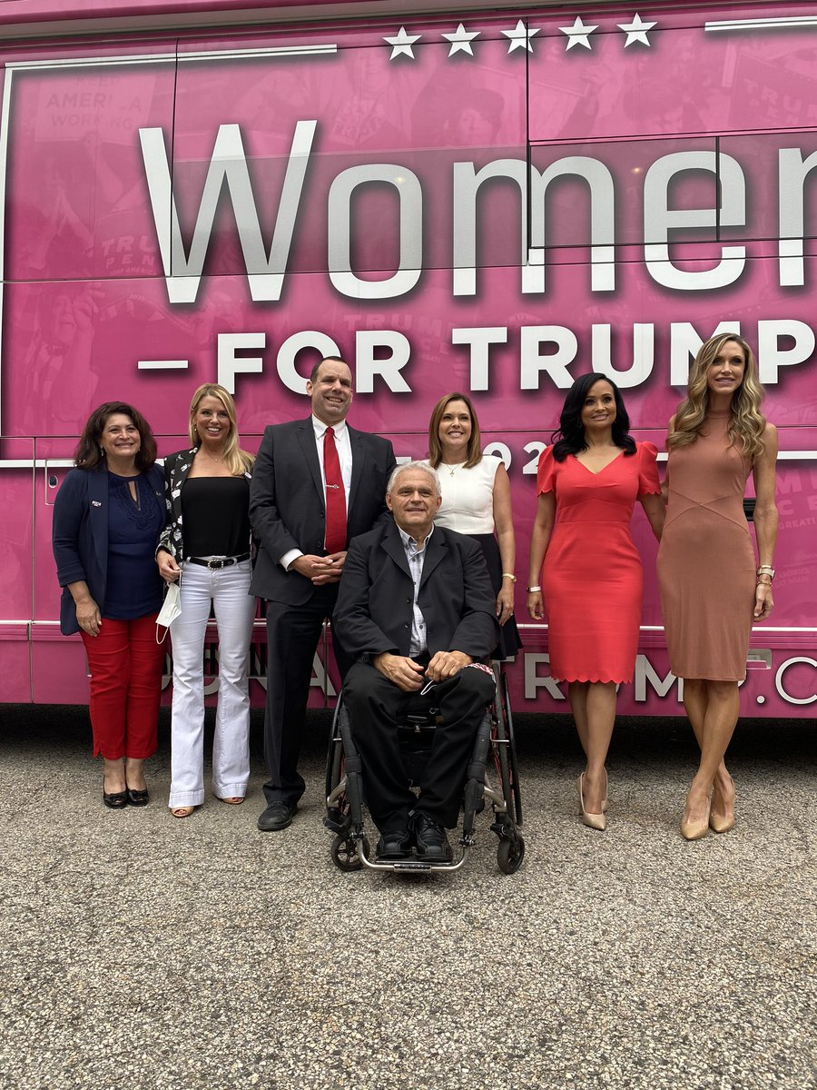 What an awesome group of leaders! @AllenCongress, @mercedesschlapp, @DKouzounas,  @LaraLeaTrump @KatrinaPierson, Hon @PamBondi, let's work together to make Maine Great Again🦞and let's #MAGA https://t.co/tH8bgZLFvq