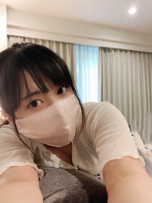 グラビアアイドル東雲うみのTwitter自撮りエロ画像49