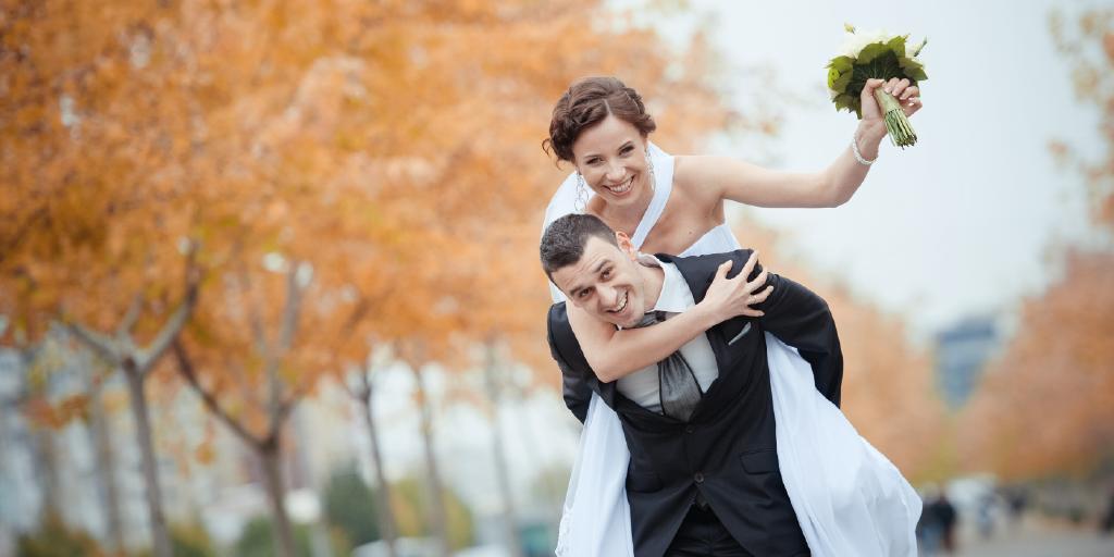 ✅[BLOG 2]¿Estas buscando vestido de novia👰 o de novio🤵 para tu boda?Conforme pasan los años,las parejas cada vez más eligen la estación de otoño-invierno,y ¿tú? En que época del año te gustaría casarte? Te dejamos unos tips https://t.co/lghtyJp9El ¡Próximo jueves 3er POST! https://t.co/GAQaanifYZ