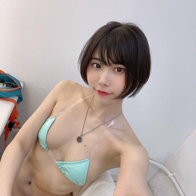 仁藤りさのTwitter自撮りエロ画像24