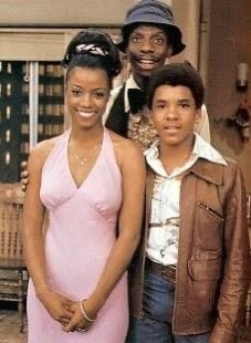 @gstew2 Thelma from Good Times! And she still looks good!