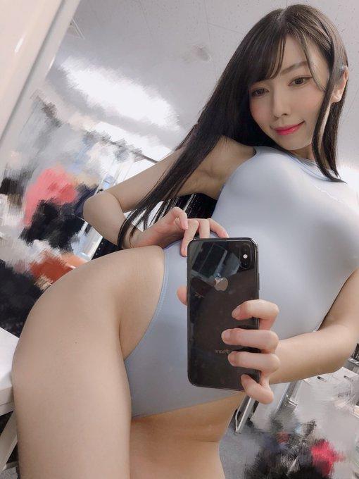 グラビアアイドル百瀬菜月のTwitter自撮りエロ画像23