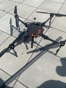 Usage des drones EdnZPRRX0AEsuHx?format=jpg&name=360x360