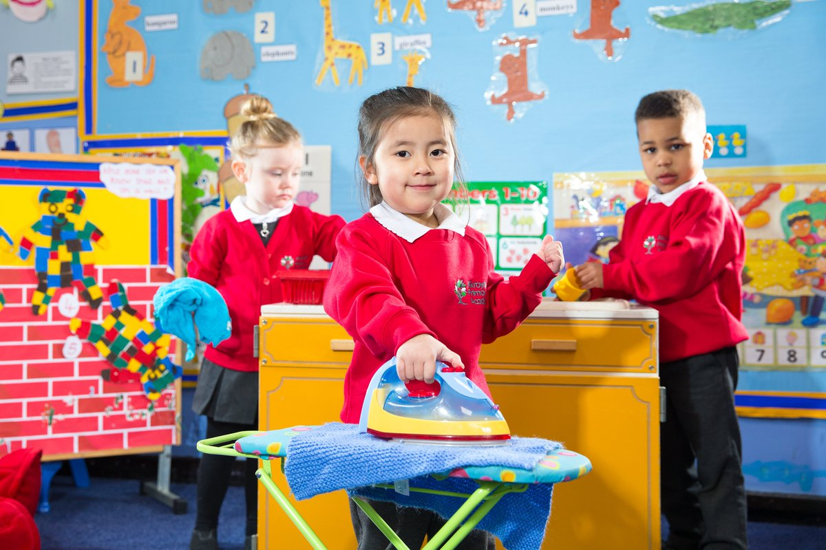 Preparing to join us in September?  Take a look at our Reception transition page!  📌 https://t.co/7kCzHOjN91  We've created a presentation that shows you around our school and provided some links to helpful information to  make your transition as smooth as possible. #Reception
