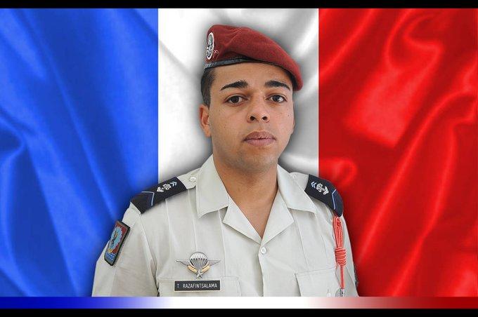 Un soldat français tué au Mali dans des combats contre des groupes armés . EdoEpEJXYAAVfxn?format=jpg&name=small
