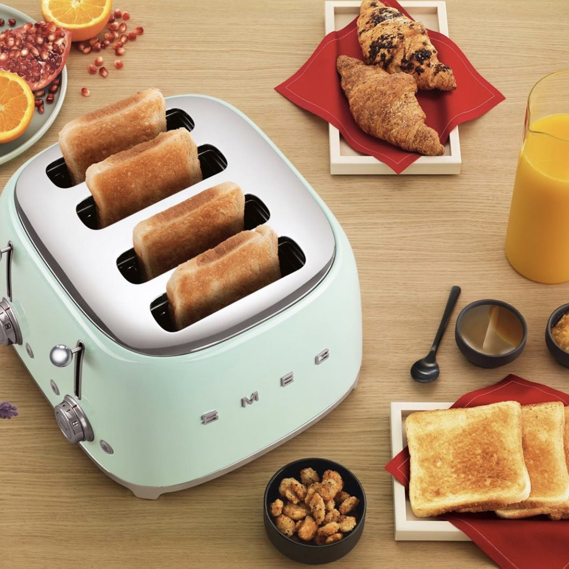 Interiors とじまと On Twitter Good Morning Relax The Weekend Is Almost There Keep Calm And Smeg Off P S Harga Toaster Smeg Dari Rm980