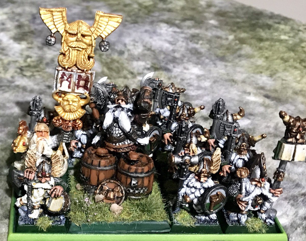 I was totally smashed by my lad's #dwarf army last night. Josef Bugman leading long beards with a Thane and Battle standard bearer were complete beasts! A well deserved victory to him! #middlehammer #warhammerfantasy #whfb https://t.co/A4jouZmZHd