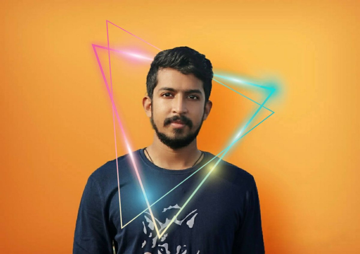 #NewProfilePic @omalsooraj photography. Graphics by myself. #newprofilepic #profilepic #selfedit #graphics #CanonEOS80D #pipeline #Snapseed #o2cam #picshot #faceapp #spirals #triangle #instapic #wolftshirt #drstrange #scarletwitch #antiaging #orange #face #blue #coolpic.twitter.com/7rB0rhlh1Q