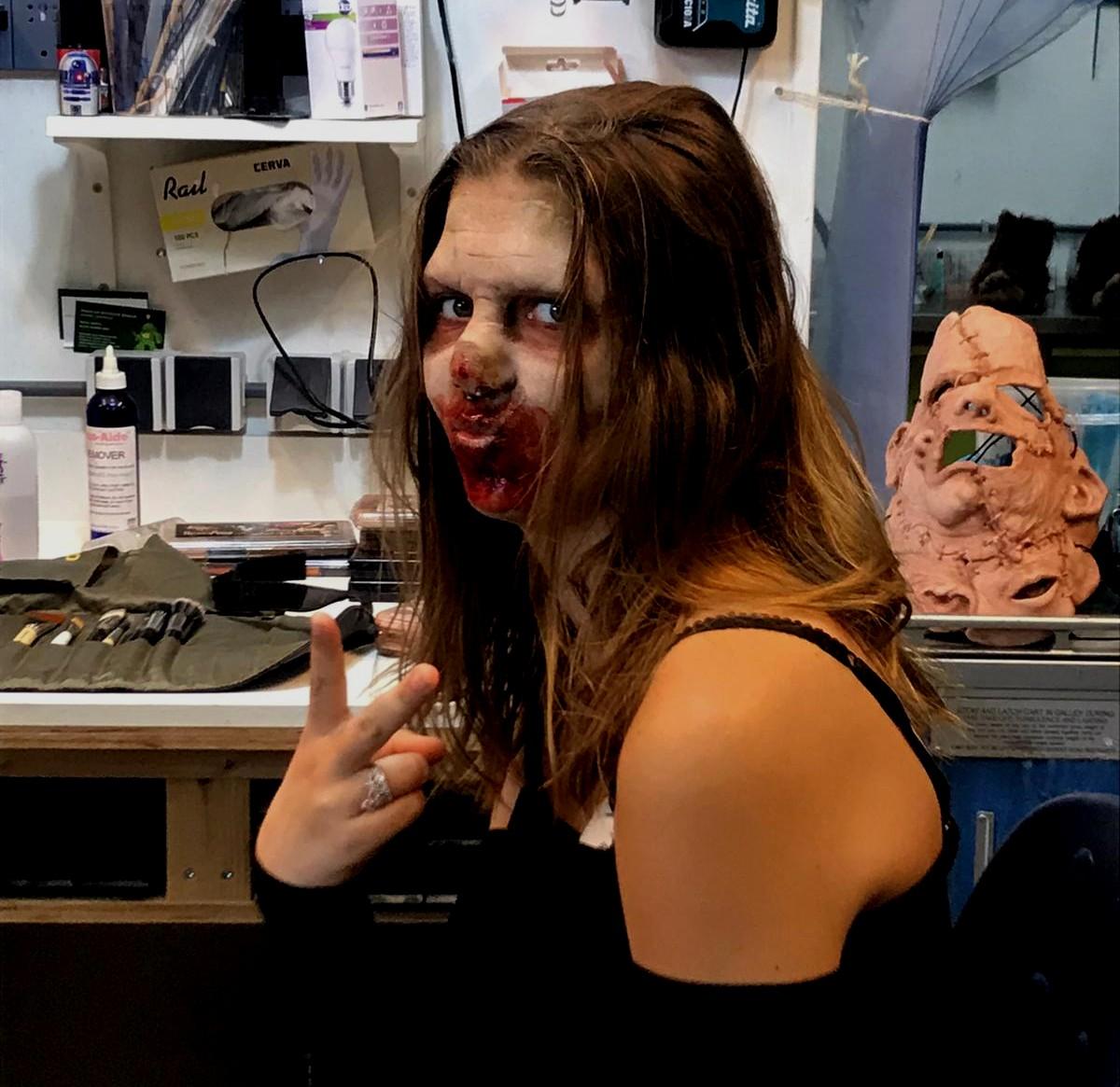 Happy Weekend! #weekend #horror #makeupeffects #prostheticmakeup #creaturesuit #specialeffectmakeup #sculpture #makeupartist #modelmaking #scifi #monstermask #slasherfilm #sideshow #hang1n #doclines #nikkipic.twitter.com/uA1dkho2U5