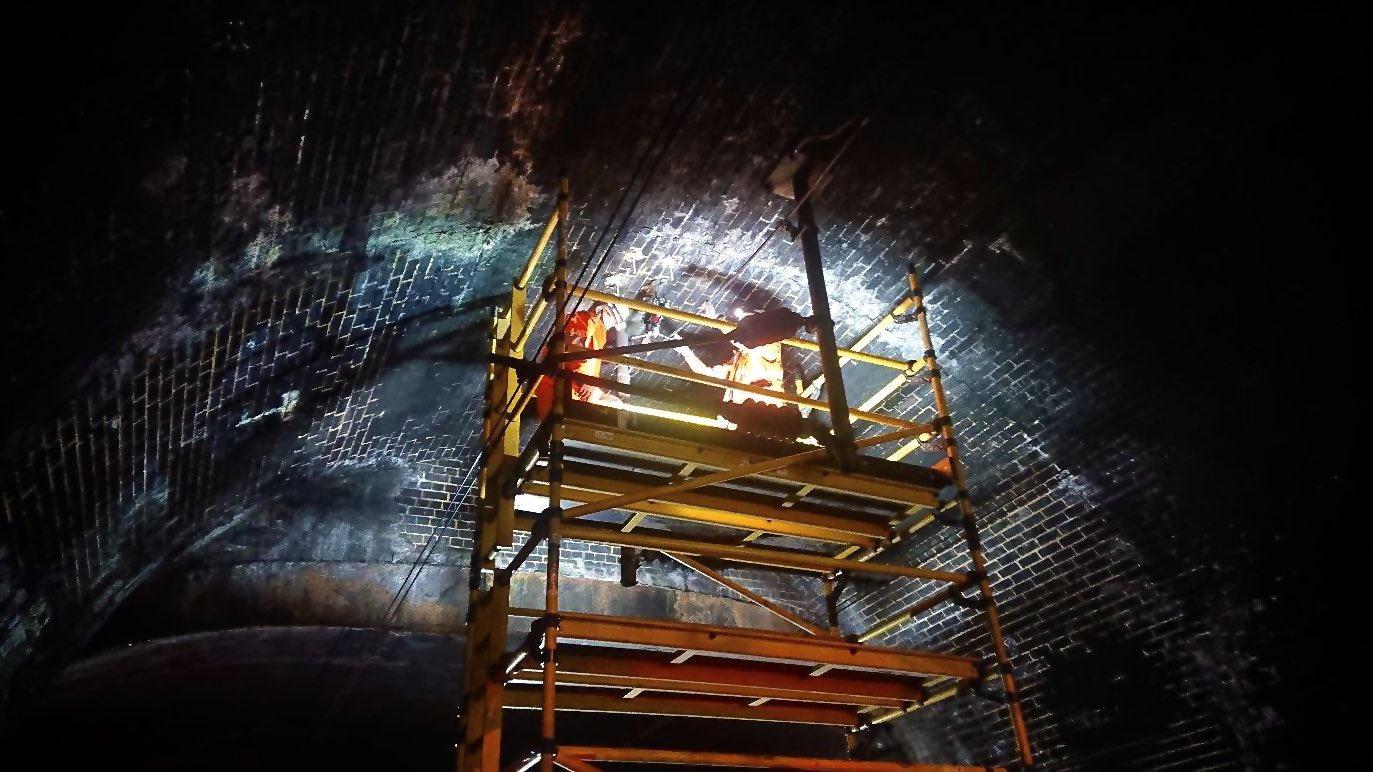 EdtAvasXsAIDOGH?format=jpg&name=large - King's Cross tunnels & canal aqueduct #2