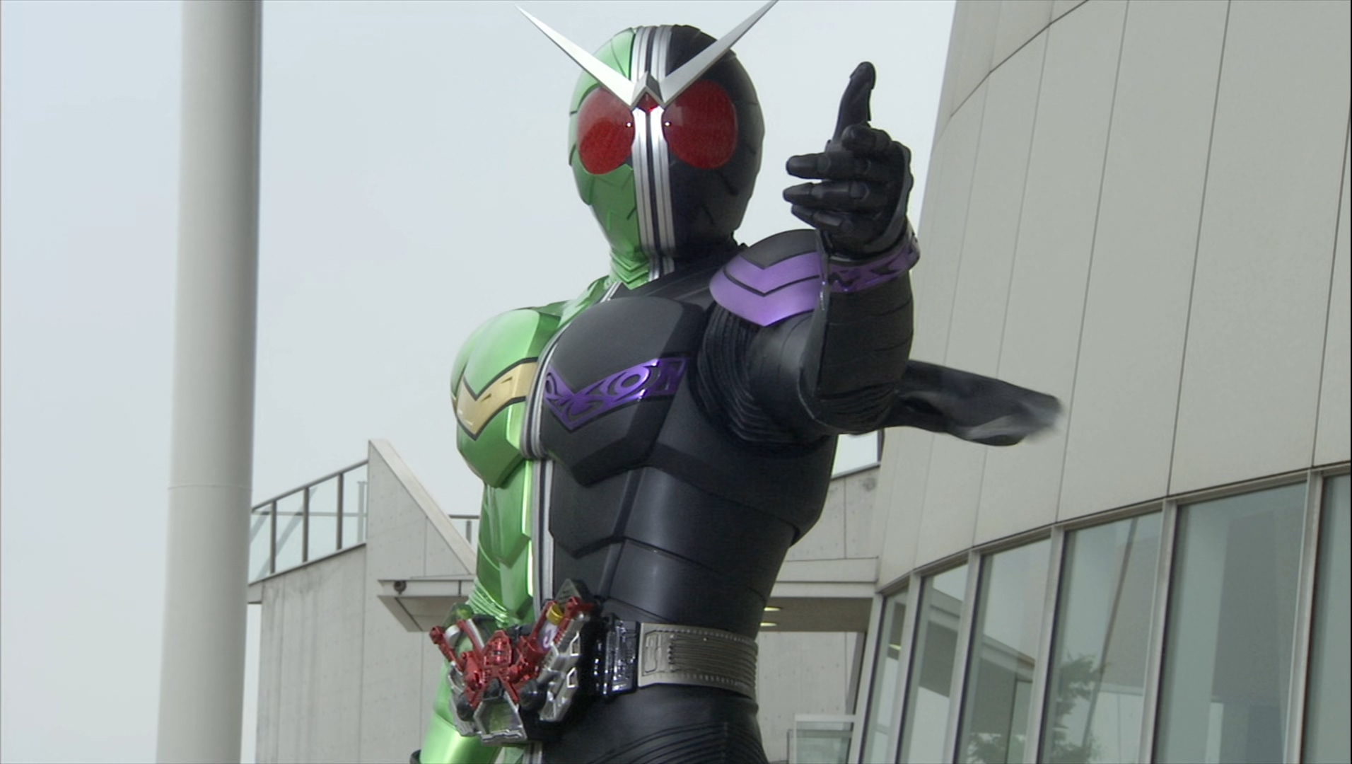 """ARK XLR on Twitter: """"I kinda hope that Kamen Rider Saber has a lady  vocalist for the OP It's pure superstition, but I think lady vocalists are  a good sign… https://t.co/g7JhsU3GzF"""""""