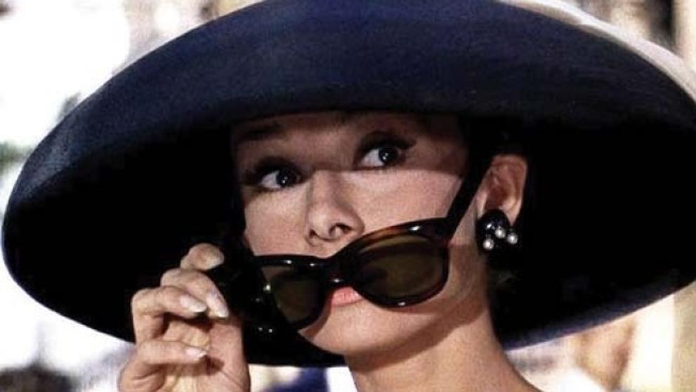 ¿Sabes cuántos idiomas hablaba Audrey Hepburn? Este y otras curiosidades te contamos en el enlace → https://t.co/b2y6vmcR9p https://t.co/u7JUd5ywMu