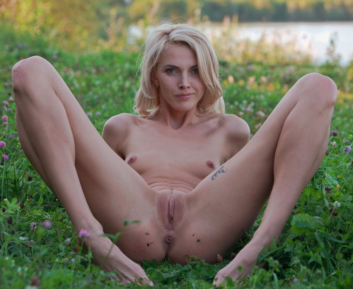 Lily C Nude In Lecioti
