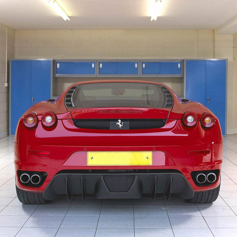 The #Ferrari's the star, but the #garage interior plays a great supporting role too!   #FerrariFriday https://t.co/rdWIsoatB7